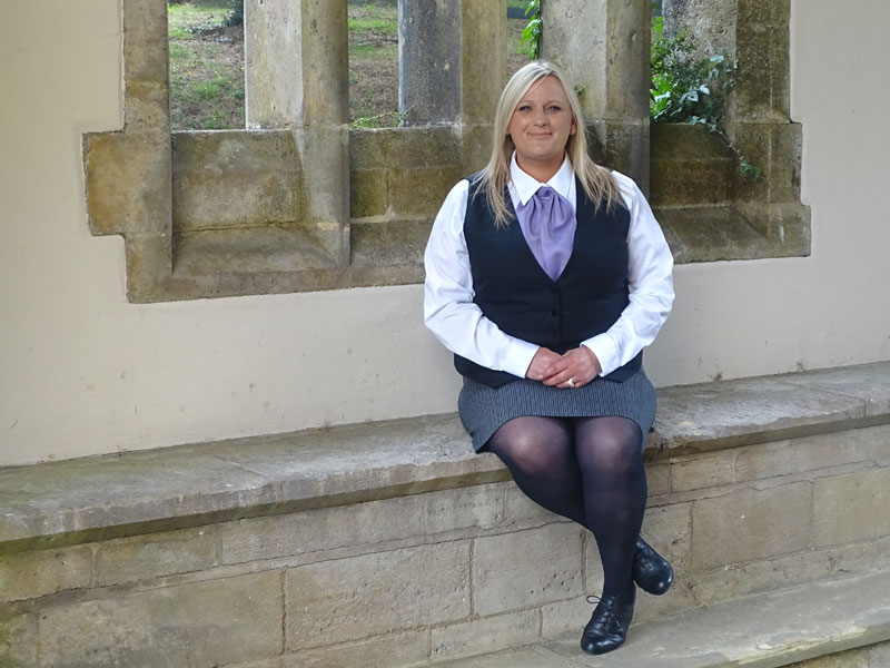 Female Funeral Director in Worthing, Tara Louise Chislett-Fox