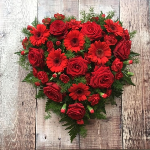 Funeral Flowers Red Closed Compact Heart From £65
